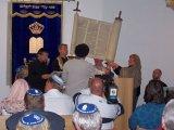 Uložení tóry v synagoze