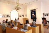 Vernisáž výstavy J. Buxbauma v synagoze